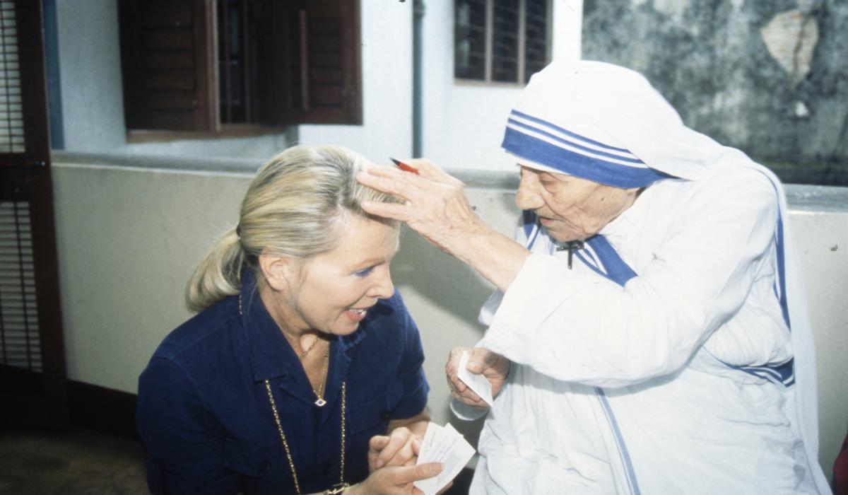 https://you-stiftung.de/wp-content/uploads/2015/07/UO-Mutter-Teresa-.jpg